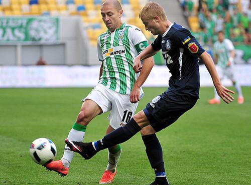 Ничейная битва аутсайдеров: Карпаты и Черноморец забили по голу