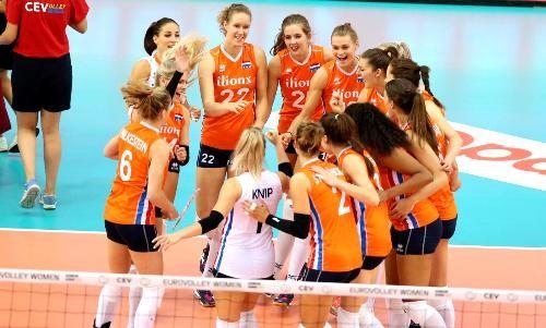 Волейболистки Голландии стали первыми финалистками Евро-2017