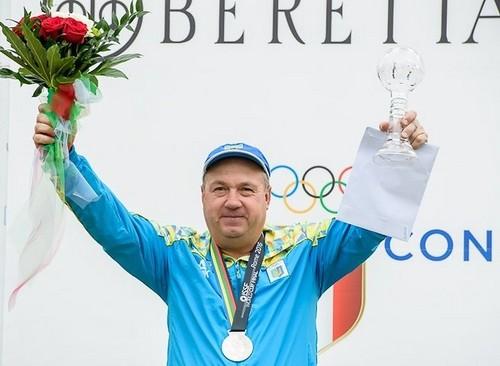 Стрілок Микола Мільчев – найкращий спортсмен жовтня в Україні