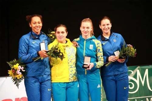 Украинские шпажистки завоевали золото на этапе Кубка мира
