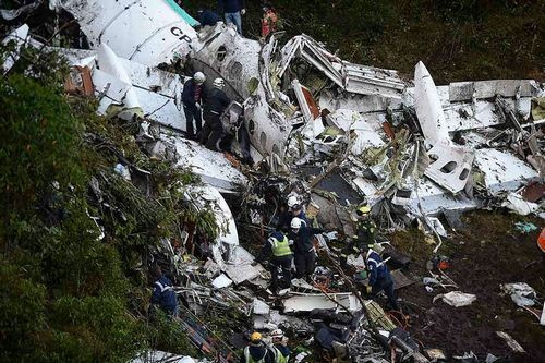 Самолет с игроками Шапекоэнсе упал из-за нехватки топлива