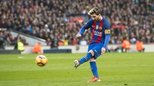 Месси забивает – Барселона громит Осасуну