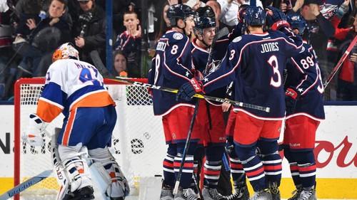 НХЛ. Филадельфия, Калгари и Коламбус продолжают побеждать