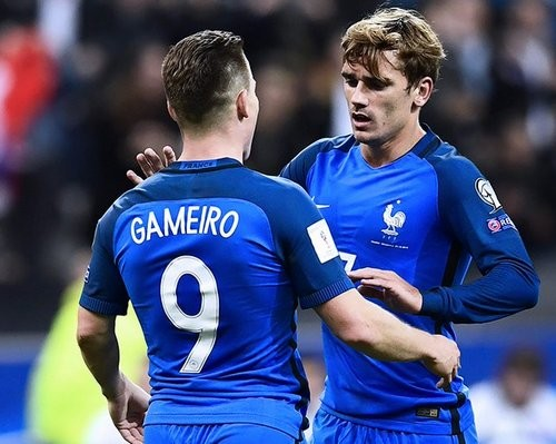 Группа A. Нидерланды и Франция дружно разгромили своих соперников