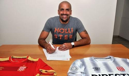 41-летний Верон возобновил карьеру игрока