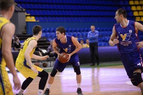 180 команд начинают борьбу в Студенческой баскетбольной лиге Украины