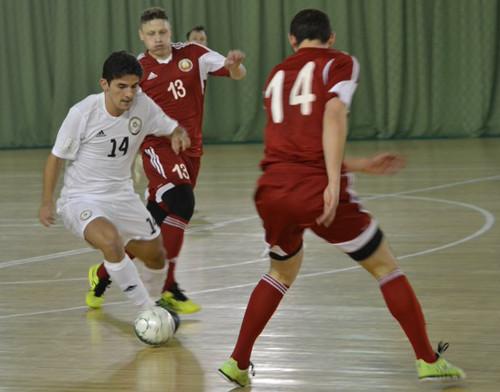 Сборные Беларуси и Казахстана по разу обыграли друг друга