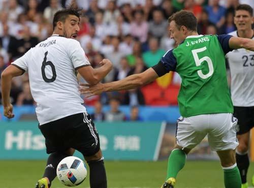 Группа С. Германия уверенно обыграла Северную Ирландию