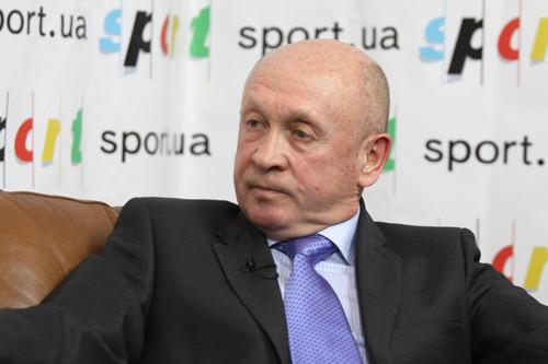 Николай ПАВЛОВ: «Продал машину, чтобы выплатить игрокам премиальные»