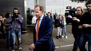 Сборная Голландии лишилась главного тренера