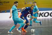 Кубок УЕФА: Мовистар Интер выиграл бой у Барселоны и вышел в финал