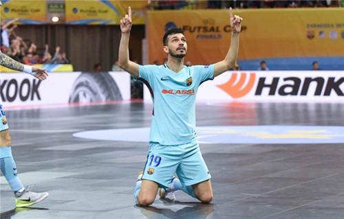 Кубок УЕФА: Барселона Ласса обыграла венгров и стала третьей в Европе