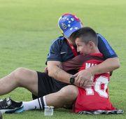 Марадона передумал уходить из клуба