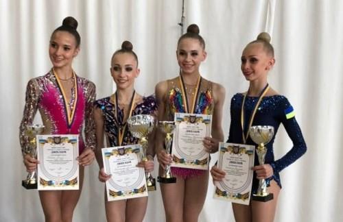 Пограничная стала чемпионкой Украины среди юниоров в многоборье