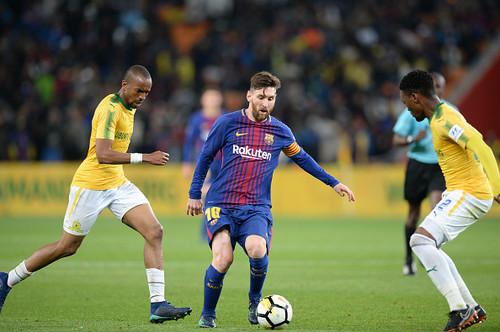 Барселона сыграла с чемпионом ЮАР
