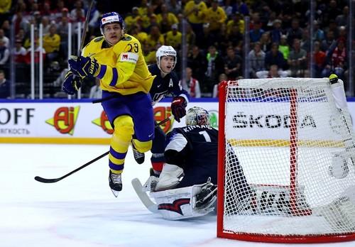 Чемпионат мира по хоккею. Швеция разгромила США и вышла в финал
