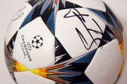 Выиграй мяч финала Лиги чемпионов с автографом Шевченко!