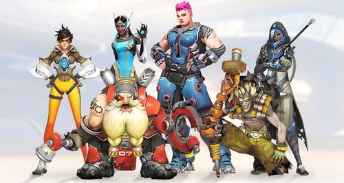 Blizzard запустит серию фирменных товаров по Overwatch и Call of Duty