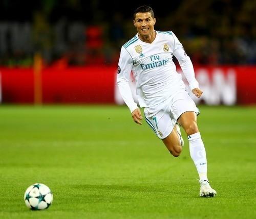 Роналду - первый игрок в истории, выигравший Лигу чемпионов пять раз