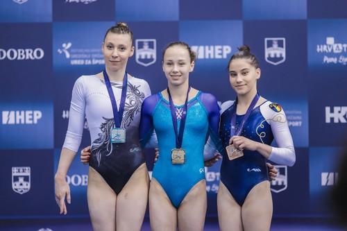 Диана Варинская выиграла три золотых медали в Хорватии