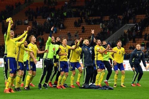 Швеция - Дания- 0:0. Видео лучших моментов матча