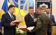 ФФУ наградила полицейских за успешную работу во время финала ЛЧ
