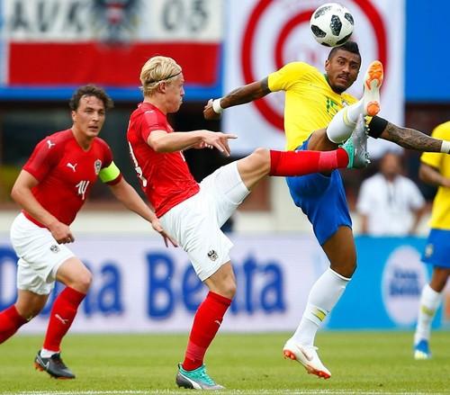 Бразилия разгромила Австрию в товарищеском поединке