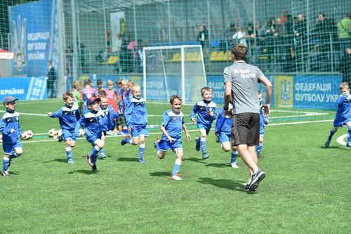 Уряд Німеччини підтримає український аматорський футбол в регіонах