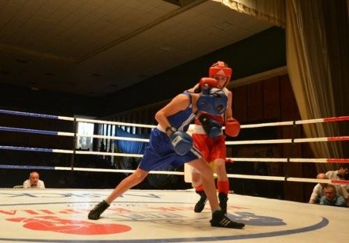 Украинка Бова-Бадулина добыла бронзу на чемпионате Европы по боксу