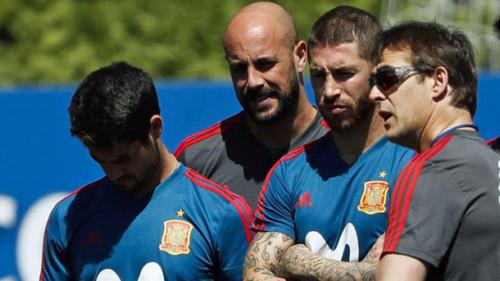 Лидеры сборной Испании не хотели увольнения Лопетеги