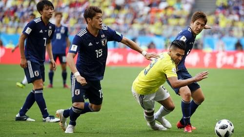 Колумбия, весь матч играя в меньшинстве, уступила сборной Японии