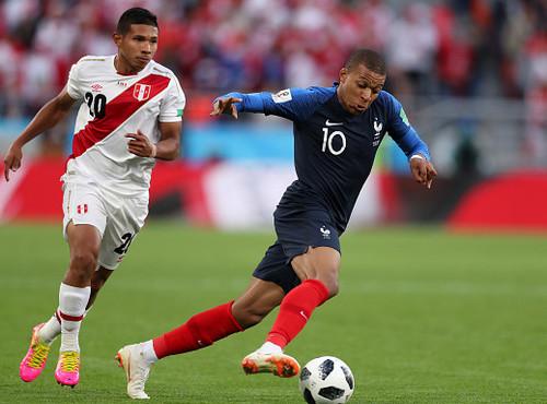 ЧМ-2018. Сборная Франции минимально обыграла Перу и вышла в 1/8 финала