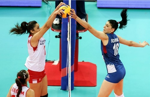 Бразилия победила Нидерланды, Турция обыграла Сербию
