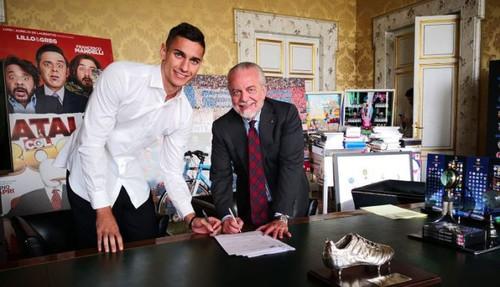 Наполи подписал двух вратарей