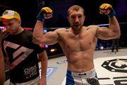 Украинский боец победил Нурмагомедова