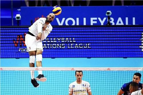 В полуфиналах Лиги Наций сыграют Франция - США и Россия - Бразилии