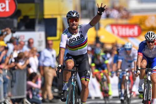 Тур де Франс. Саган выиграл второй этап и перехватил желтую майку