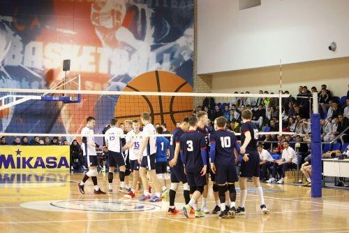 Чемпионат EEVZA U-18. Украина обыграла Латвию и уступила Беларуси