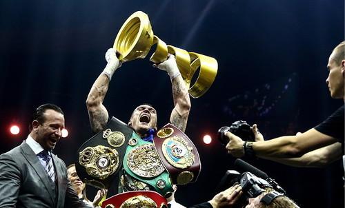Организатор WBSS: «Усик – лучший боксер мира вне весовых категорий»