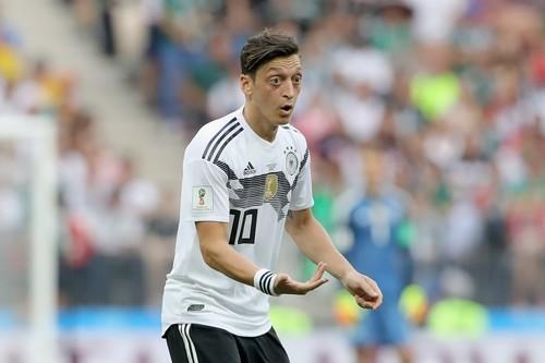 Озил объявил о завершении карьеры в сборной Германии