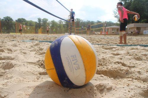 Игрок сборной Украины стал судьей турнира по пляжному волейболу