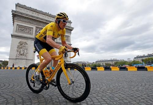 Кристофф выиграл заключительный этап Тур де Франс