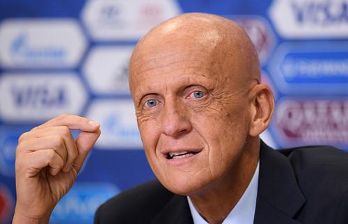Коллина ушел из УЕФА