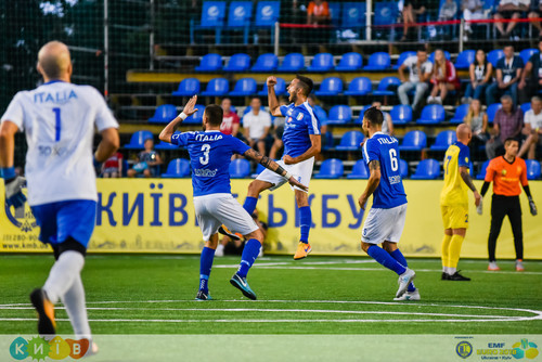 Украина уступила Италии в стартовом матче ЧЕ по мини-футболу