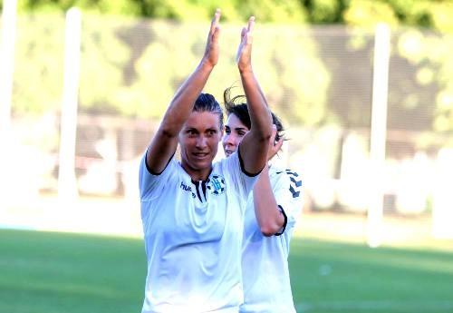 Харьковский Жилстрой-1 вышел в плей-офф женской Лиги чемпионов