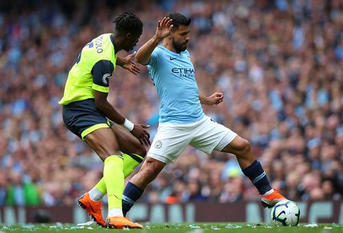 """АПЛ. """"Манчестер Сити"""" разгромил """"Хаддерсфилд Таун"""" со счетом 6:1"""