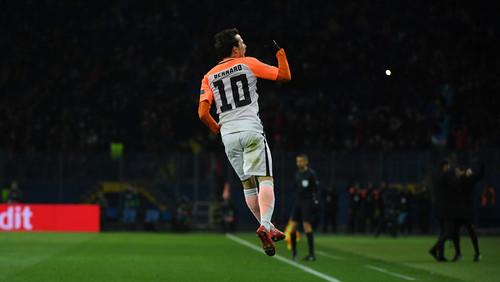 Гол Бернарда претендует на гол недели в Лиге чемпионов
