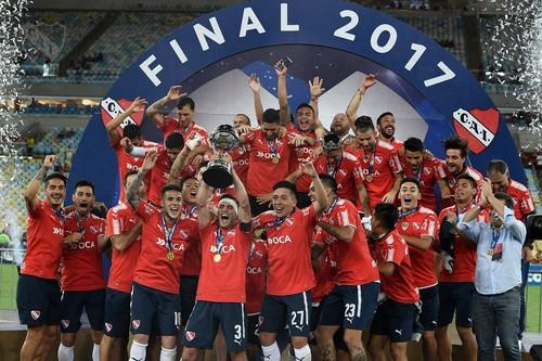 Индепендьенте выиграл Южноамериканский Кубок