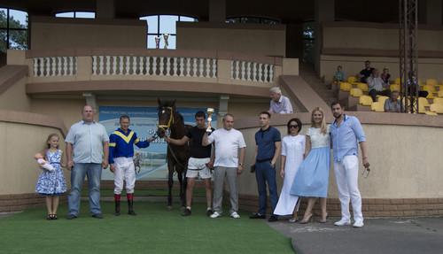 Афера в скачках: Глава Жокей клуба Украины подменяет своих лошадей