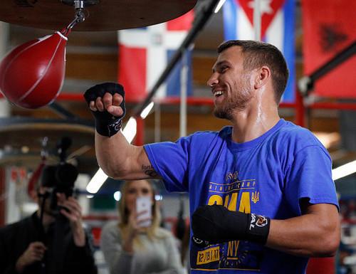 WBC выступает против боя Ломаченко – Линарес